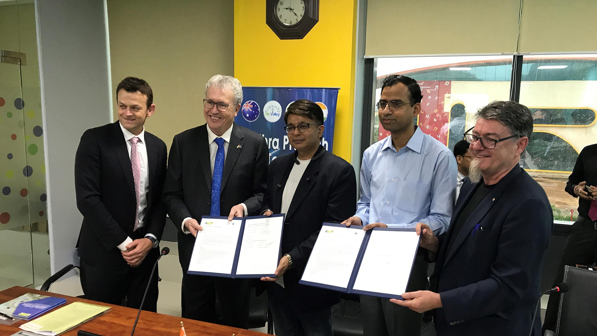 Wollongong expands biomedical ties with India