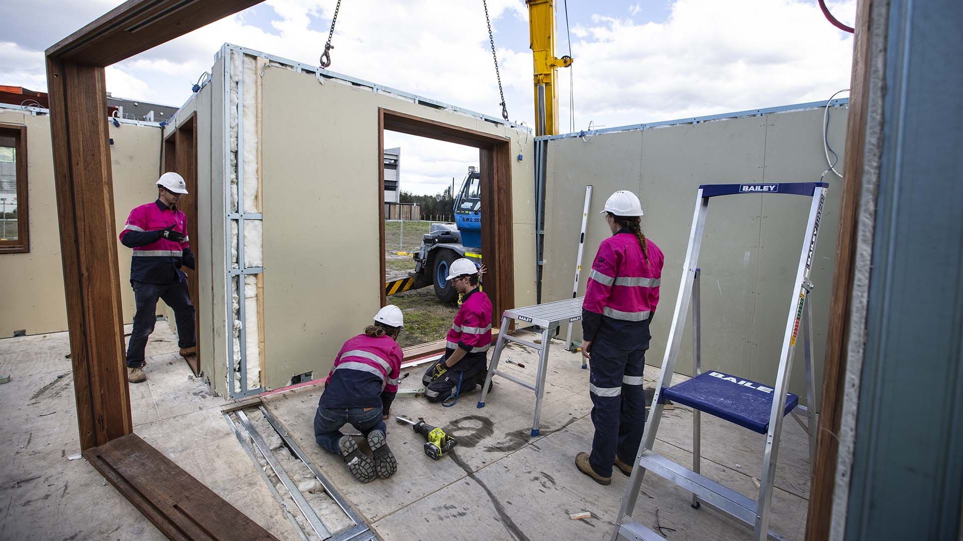 UOW students working on the Sustainable Homes Challenge