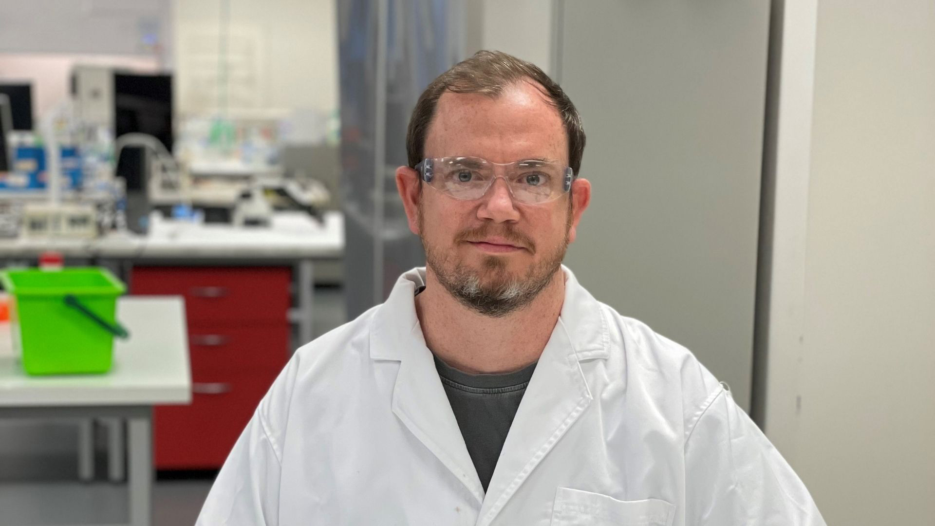 PhD Candidate, Aaron Hodges, from UOW's Intelligent Polymer Research Institute (IPRI) in the lab.