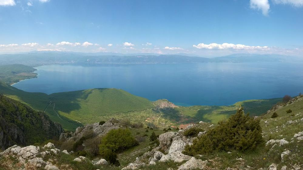 The 1.4 million year old Lake Ohrid on the border between Albania and Northern Macedonia (Photo credit: Thomas Wilke).